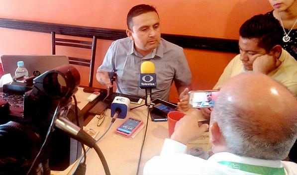 Carlos Toral que se ponga a trabajar: Ciro Hernández