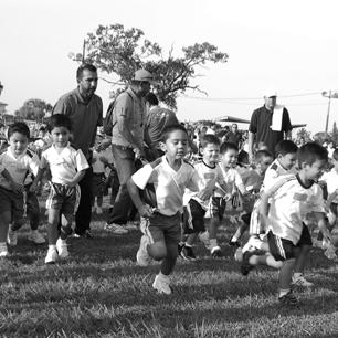 """Anglo Mexicano ganó el evento atlético de campo traviesa """"copa independencia 2014"""""""