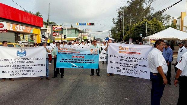 Marchan anarquistas del Tec de Madero: Los disidentes personas de cuidado