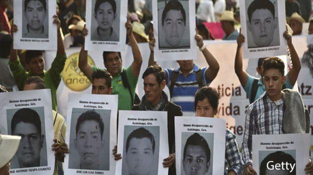 """""""Identifican"""" los restos de uno de los 43 estudiantes de Ayotzinapa"""