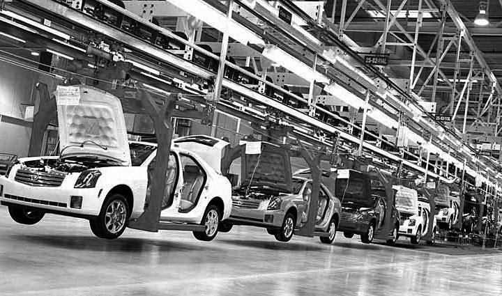 Industria automotriz supera crisis en ventas internas