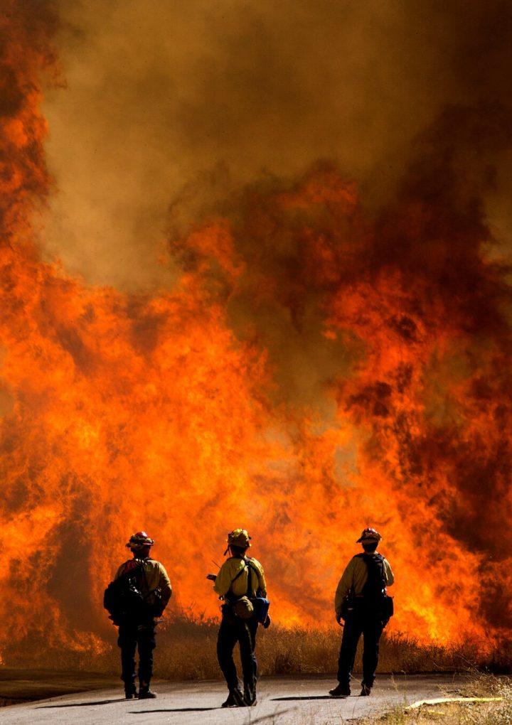 Huracán, fuego, Covid-19: los desastres exponen la dura realidad del cambio climático