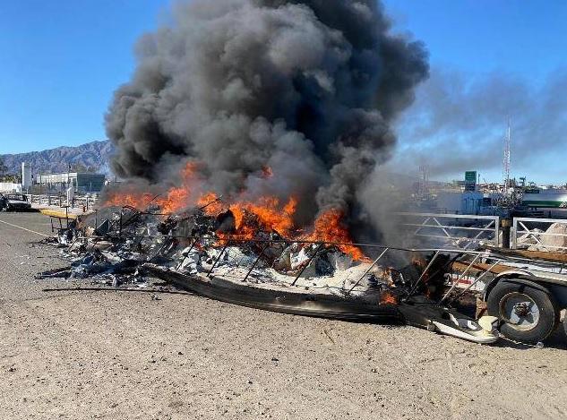 Pescadores ilegales atacaron a la Marina de México y quemaron sus interceptoras